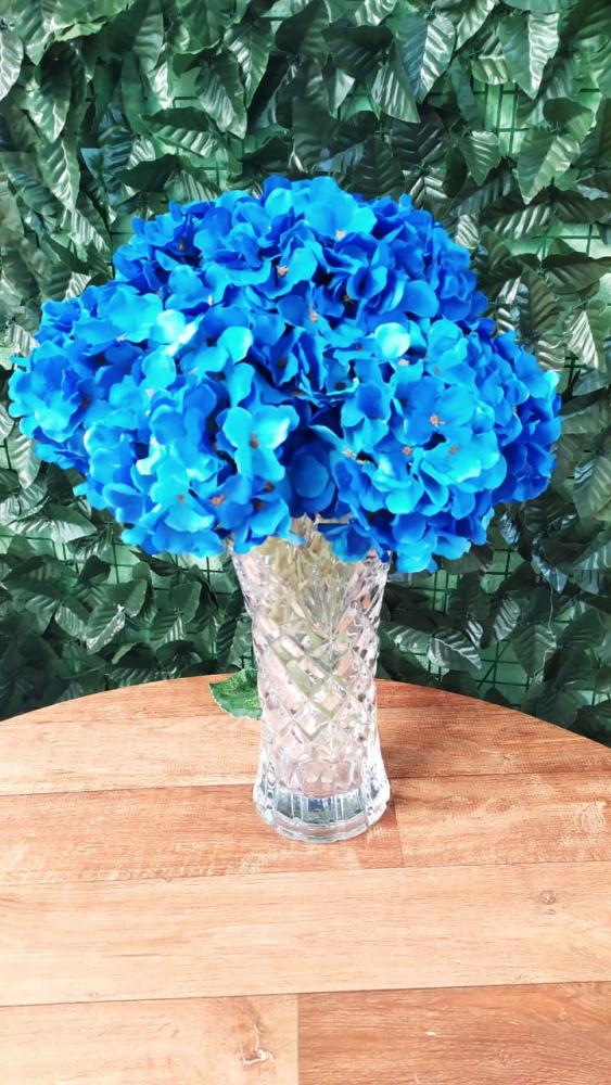 Buque hortência azul royal