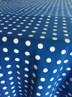 Toalha Quadrada Poá Azul e Branca - Bolada