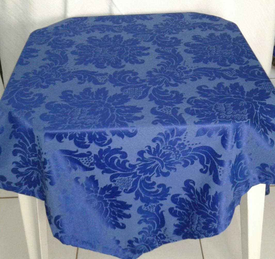 Toalha Quadrada Azul Royal Medalhão