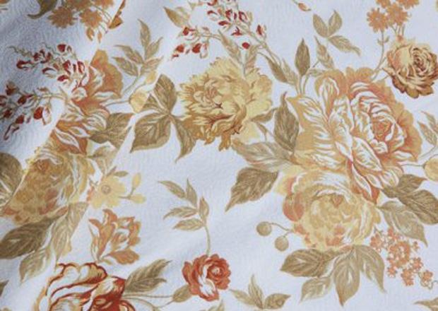 Toalha Redonda de 10 Lugares Voil Floral Dourada
