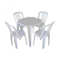Jogo de Mesa Quadrada com 04 Cadeiras Plásticas